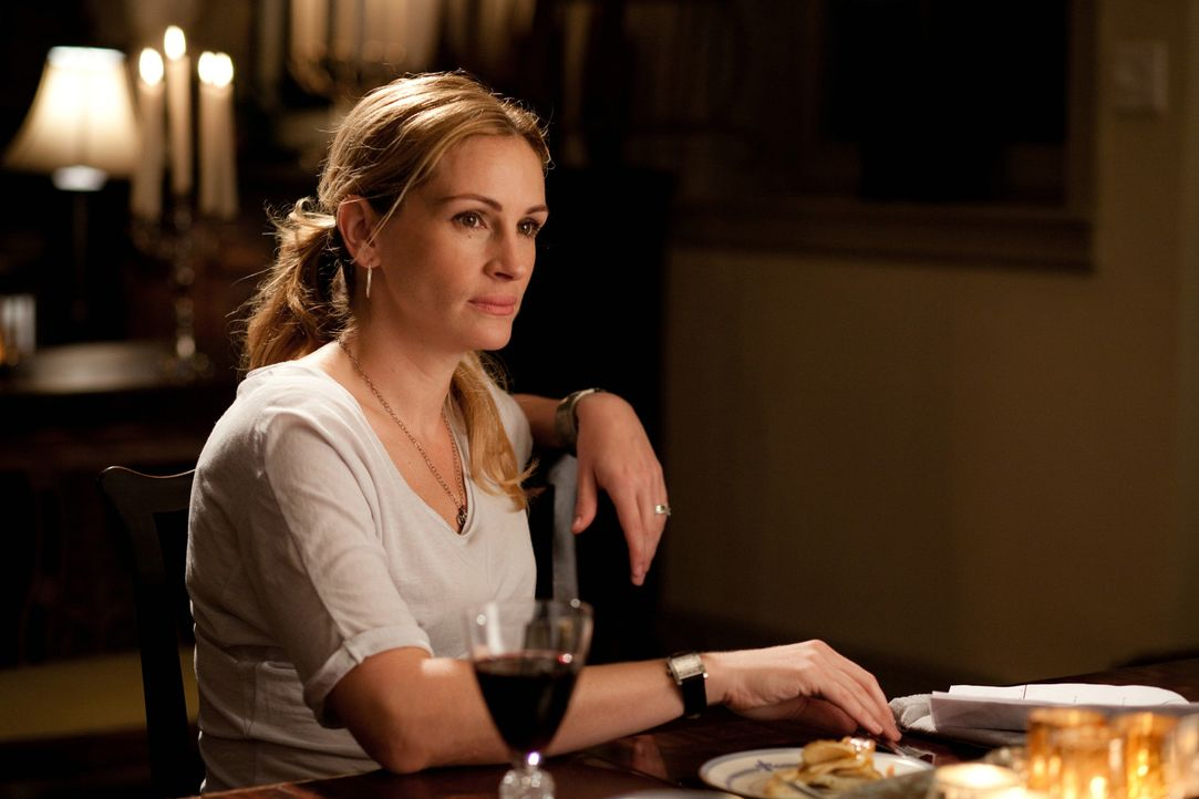 Liz (Julia Roberts) hatte alles, wovon eine Frau träumt. Doch als ihre Ehe geschieden wird, beschließt sie alles zu riskieren und ihr altes Leben... - Bildquelle: 2010 Columbia Pictures Industries, Inc. All Rights Reserved.