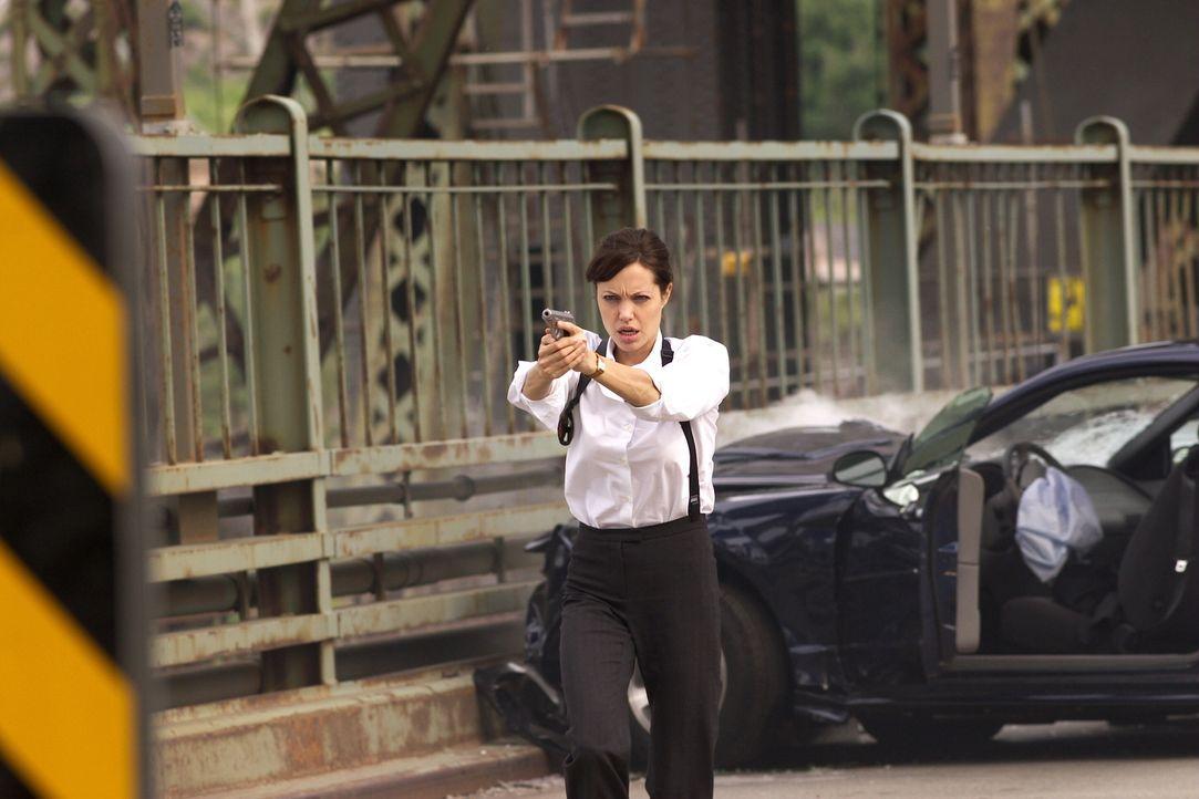 Profiler (Angelina Jolie) sind ein eigener Menschenschlag. Sie versuchen in einer fremden Person aufzugehen, um deren Gedanken und Vorgehensweise ve... - Bildquelle: Warner Bros.
