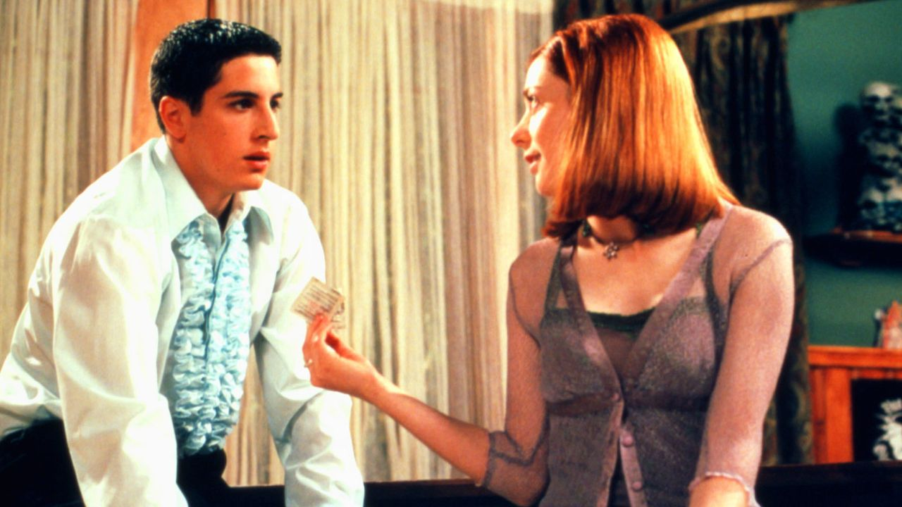 Jim Levenstein (Jason Biggs, l.); Michelle Flaherty (Alyson Hannigan, r.) - Bildquelle: 1999 Universal Studios All Rights Reserved.