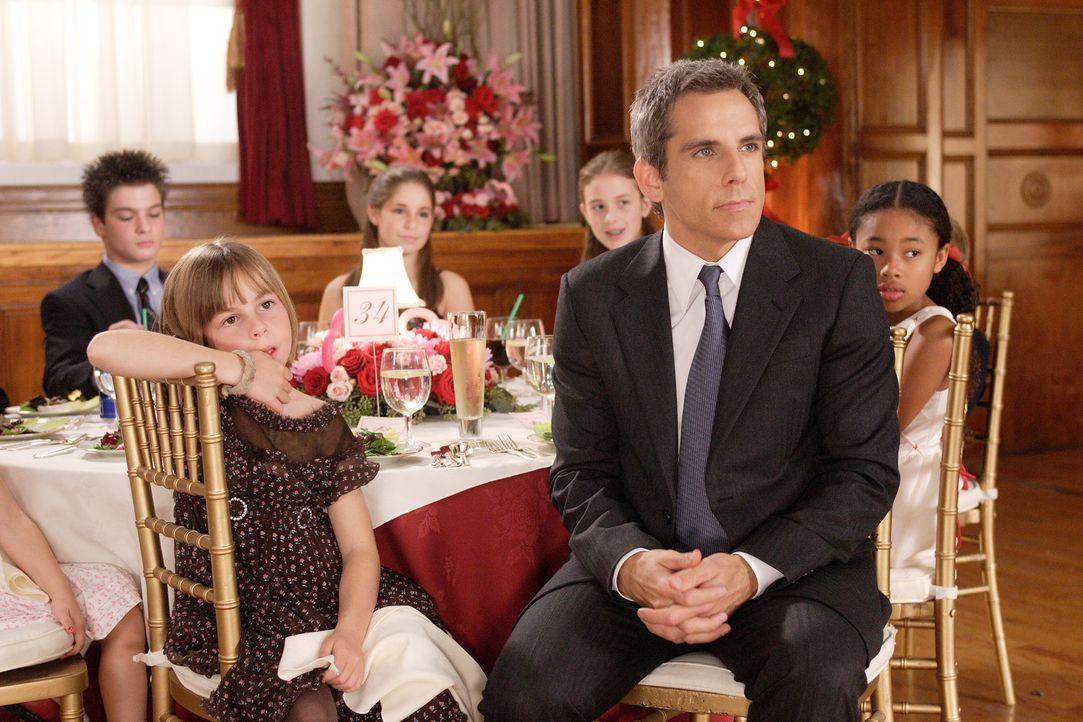 Eddie Cantrow (Ben Stiller, vorne M.) ist mit 40 immer noch unverheiratet. Die ganze Welt scheint aus Pärchen zu bestehen, doch für Eddie war die... - Bildquelle: DREAMWORKS LLC. ALL RIGHTS RESERVED.
