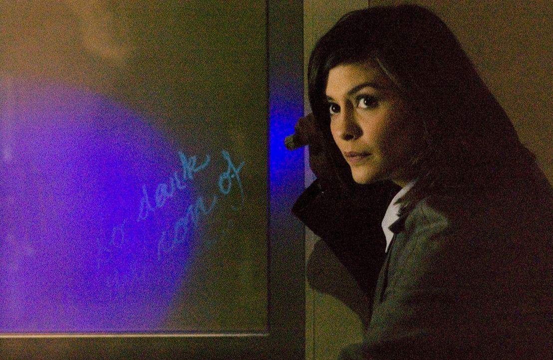 Sophie Neuvet (Audrey Tautou) ist Kryptologin der Pariser Polizei. Bei der Untersuchung des Mordes an ihrem Großvater Jacques Saunière erfährt di... - Bildquelle: Sony Pictures Television International. All Rights Reserved.