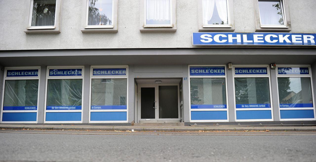 Schlecker-12-06-29-dpa - Bildquelle: dpa