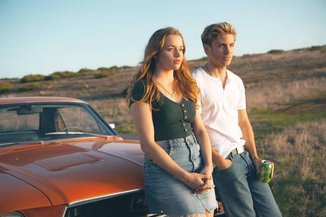 Jessica (Luna Wedler, l.); Danny (Jannik Schümann, r.) - Bildquelle: 2019, STUDIOCANAL, Pantaleon Films, SevenPictures Films