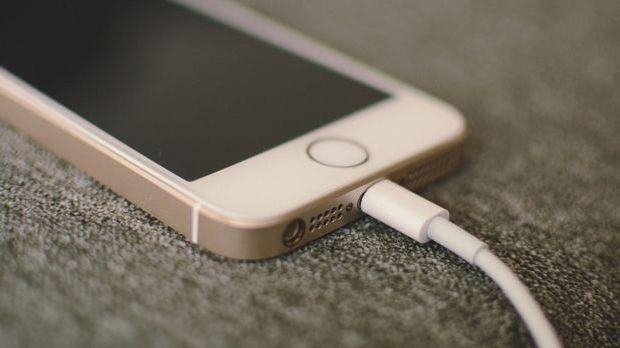 i-phone-2547677_1920