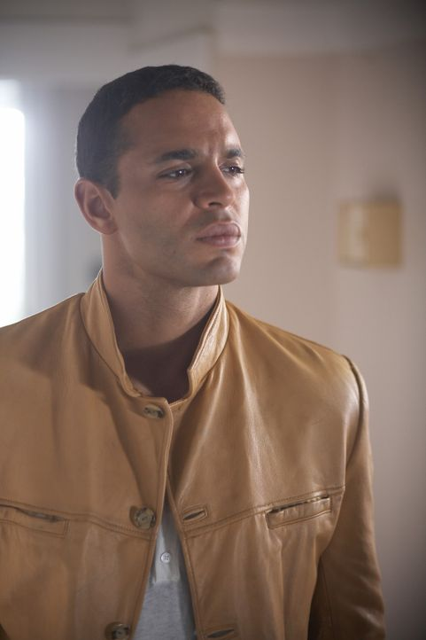 Als Winston (Daniel Sunjata) endlich das fehlende Puzzleteil entdeckt, das den 40 Jahre alten Mord und den neuen miteinander in Verbindung bringt, b... - Bildquelle: ONCE UPON A TIME FILMS, LTD. ALL RIGHTS RESERVED.
