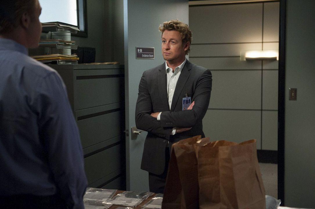 Jane (Simon Baker) gerät in eine schwierige Lage, als eine Grand Jury entscheiden soll, ob man ihn für den angeblichen Mord an Red John anklagen wir... - Bildquelle: Warner Bros. Television