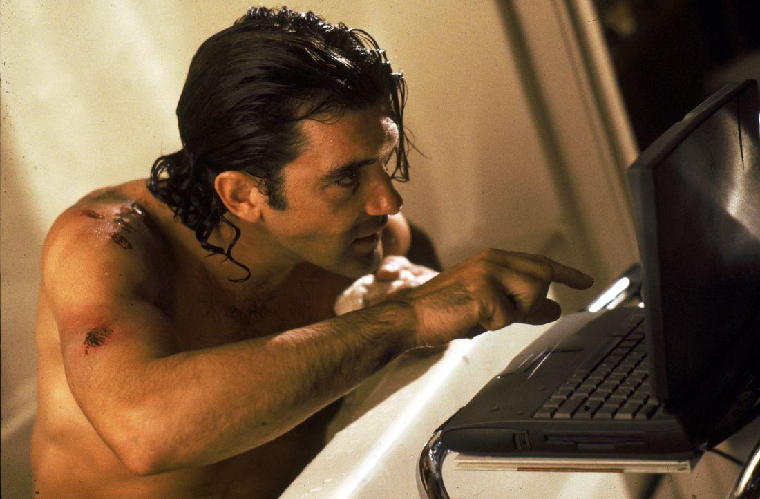 Der ehrgeizige Neueinsteiger Miguel Bain (Antonio Banderas) hat es sich in den Kopf gesetzt, die Nr. 1 unter den Assassins zu werden, was bedeutet,... - Bildquelle: Warner Bros. Television