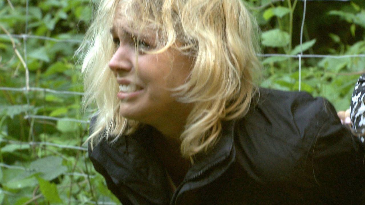 Ihre Neugier wird Jenny zum Verhängnis: Eine Schlepperbande will die Hobbydetektivin lebend verbrennen ... - Bildquelle: SAT.1