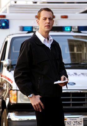 Bei den Ermittlungen in einem neuen Fall: McGee (Sean Murray). - Bildquelle: CBS Television
