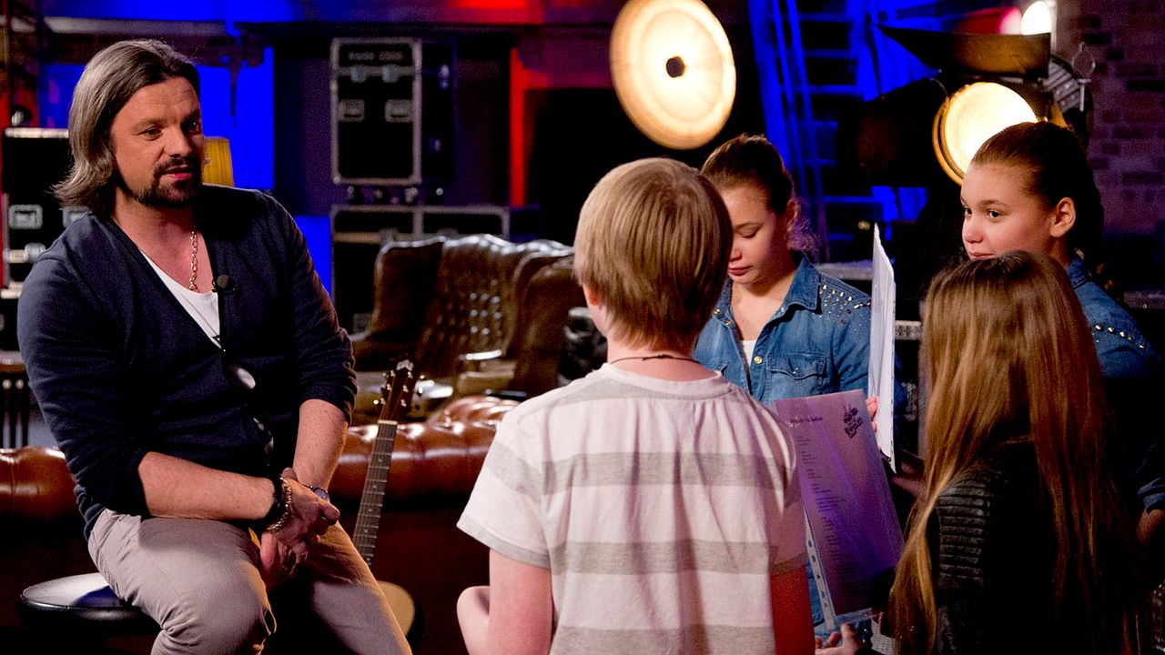 The-Voice-Kids-epi05-Giuliana-Gilliana-Tim-Fabienne-4-SAT1-Richard-Huebner - Bildquelle: SAT.1/Richard Hübner
