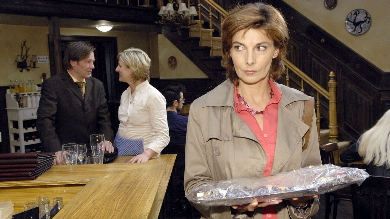 anna-und-die-liebe-episode-65-04-SAT1-Claudius-Pflug - Bildquelle: SAT.1/Claudius Pflug