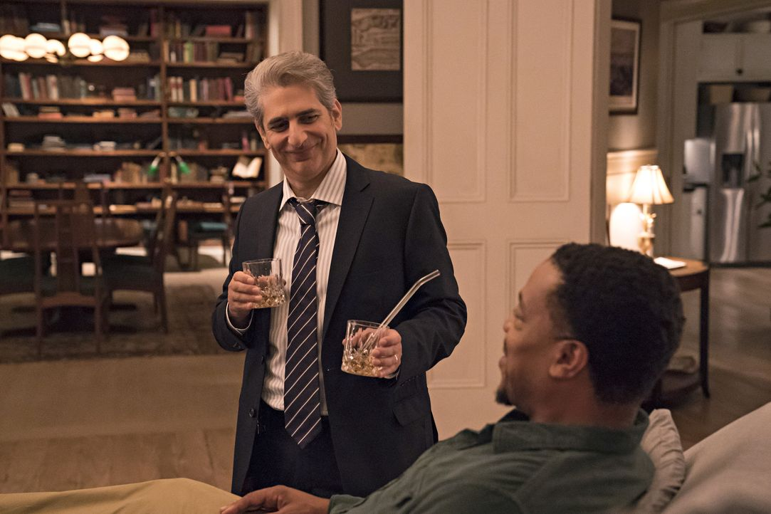 Detective Michael Sellitto (Michael Imperioli, l.); Lincoln Rhyme (Russell Hornsby, r.) - Bildquelle: Barbara Nitke 2020 NBCUniversal Media, LLC / Barbara Nitke