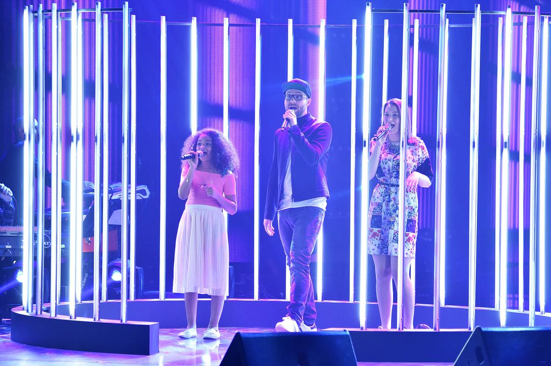 The-Voice-Kids-Stf03-Finale-Probe-14-Zoe-Antonia-SAT1-Andre-Kowalski - Bildquelle: SAT.1/ Andre Kowalski