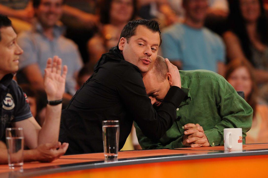 """Dieter Nuhr (l.), Ingo Appelt (M.) und Bernhard Hoecker (r.) in """"Genial daneben - Die Comedy Arena"""". - Bildquelle: SAT.1"""