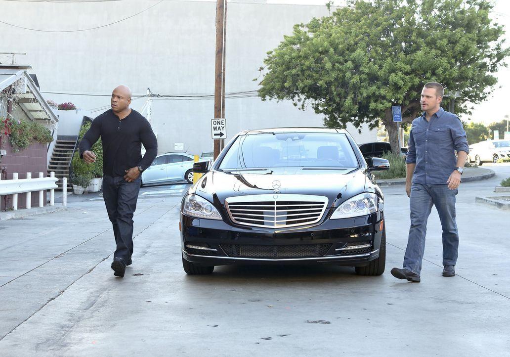 Ermitteln in einem neuen Fall: Callen (Chris O'Donnell, r.) und Sam (LL Cool J, l.) ... - Bildquelle: CBS Studios Inc. All Rights Reserved.