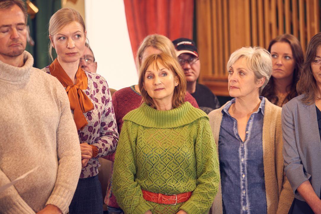 (v.l.n.r.) Anke (Antje Widdra); Doris (Petra Nadolny); Inge (April Hailer) - Bildquelle: Frank Dicks SAT.1 / Frank Dicks