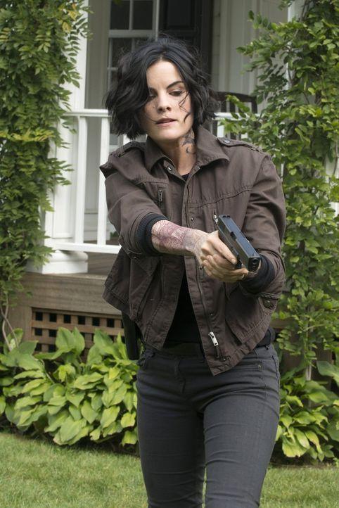 Ahnt nicht, dass sie den Falschen jagt: Jane Doe (Jaimie Alexander) ... - Bildquelle: Warner Brothers