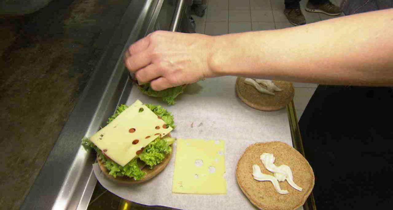 """In """"15 Dinge, die Sie über McDonald's wissen müssen"""" werfen wir einen Blick hinter die Kulissen von McDonald's ... - Bildquelle: SAT.1"""