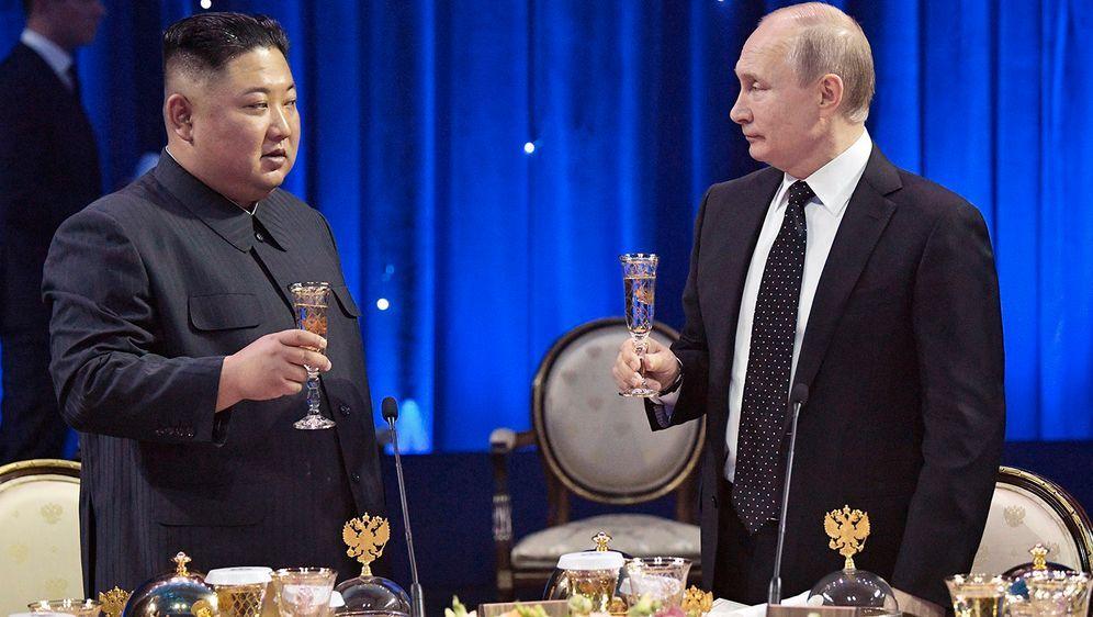 - Bildquelle: (c) Pool Sputnik Kremli/AP