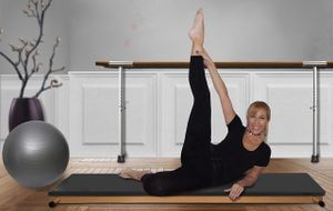 frau-pilates-gymnastik