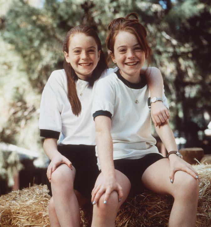 Die Schwestern Hallie (Lindsay Lohan, l.) und Annie (Lindsay Lohan, r.) wollen sich nicht mehr missen und planen deshalb, ihre Eltern wieder zu verk... - Bildquelle: Buena Vista International