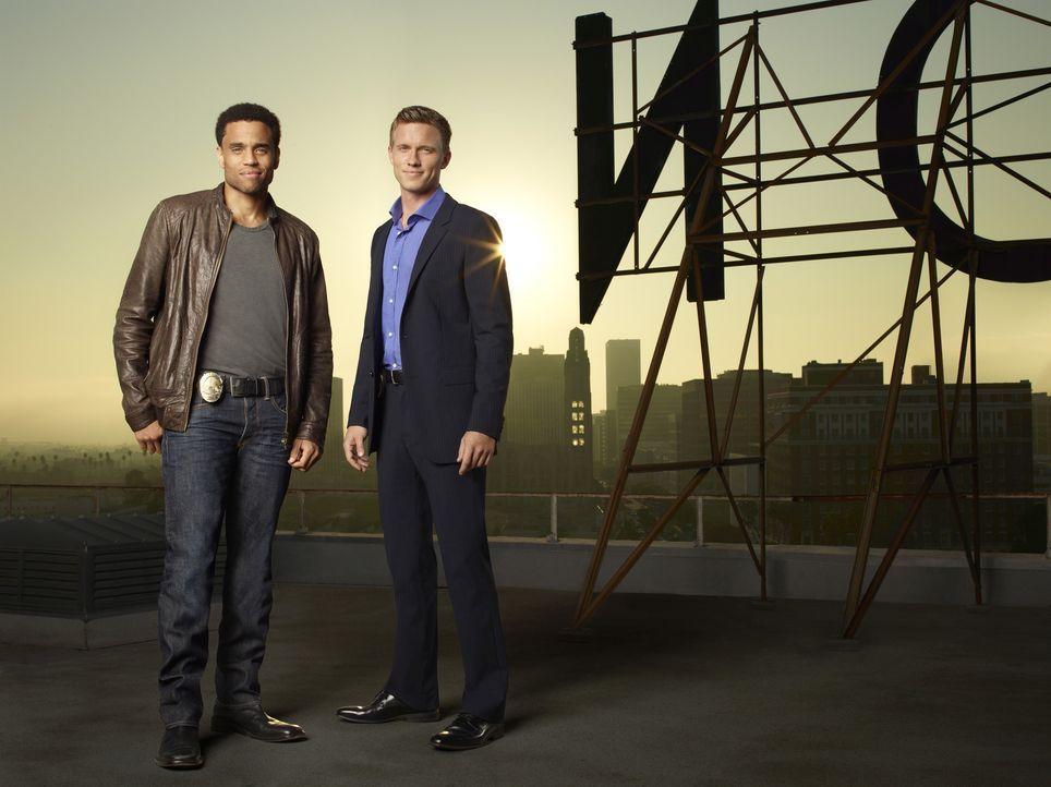 (1. Staffel) - Travis Marks (Michael Ealy, l.) und Wes Mitchell (Warren Kole, r.) sind Partner und zwei der besten Polizeibeamten im Los Angeles Pol... - Bildquelle: USA Network
