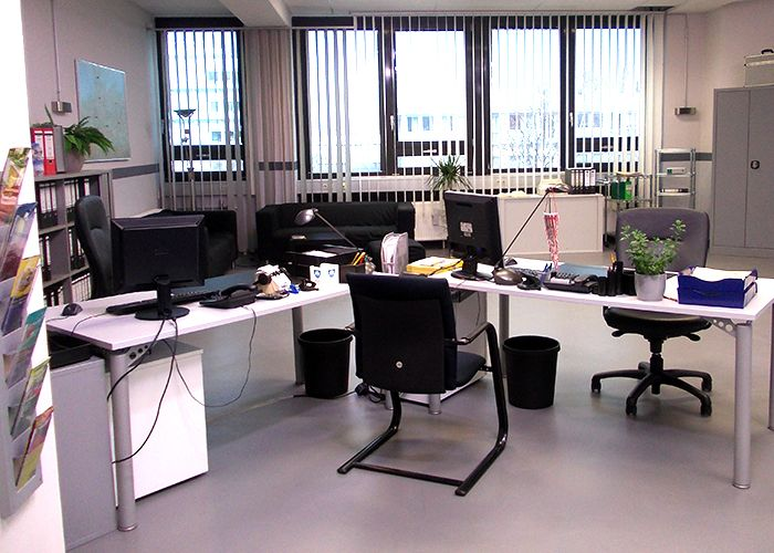 k11-130108-gerrits-und-roberts-arbeitsplatz-03_SAT - Bildquelle: Constantin Entertainment GmbH/SAT.1