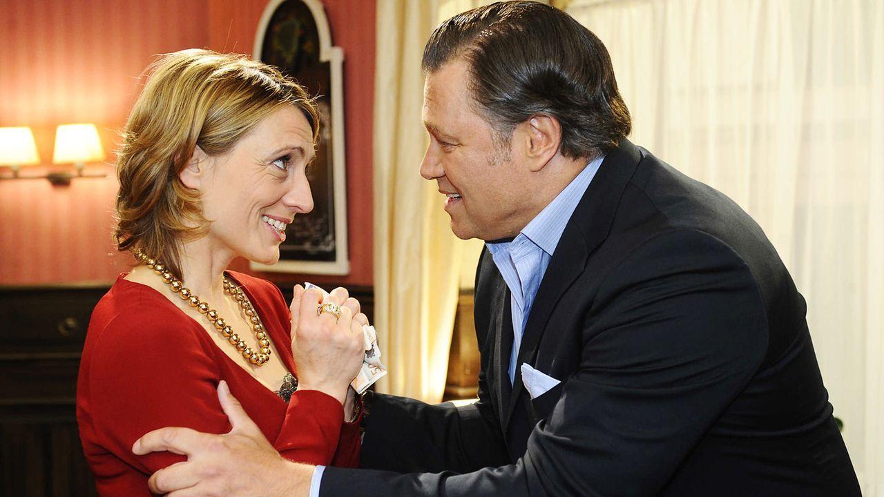Anna-und-die-Liebe-Folge-485-02-SAT1-Oliver-Ziebe - Bildquelle: Sat.1/Oliver Ziebe