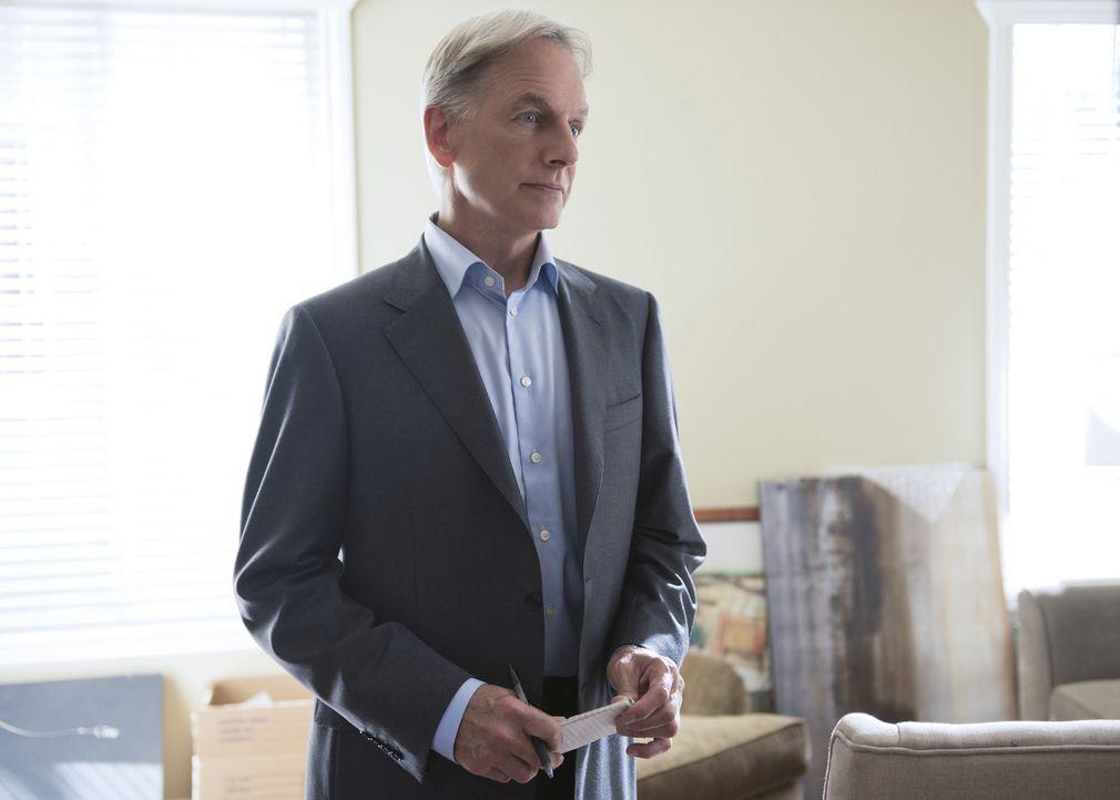 Ein Militärpolizist wird nur wenige Stunden nachdem er Gibbs (Mark Harmon) kontaktiert hatte, um einen möglichen Fall zu besprechen, ermordet in Qua... - Bildquelle: Colleen Hayes CBS Television