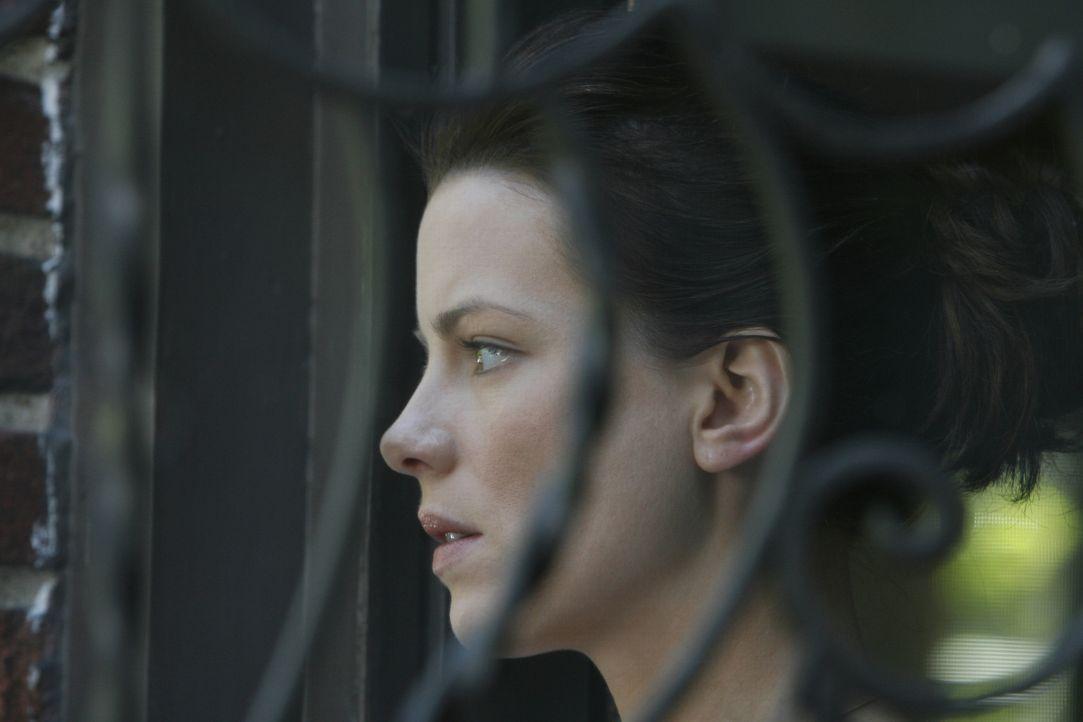 Eine schwere Zeit wartet auf die Reporterin Rachel Armstrong (Kate Beckinsale) ... - Bildquelle: 2008 Nothing but the Truth Productions, LLC.