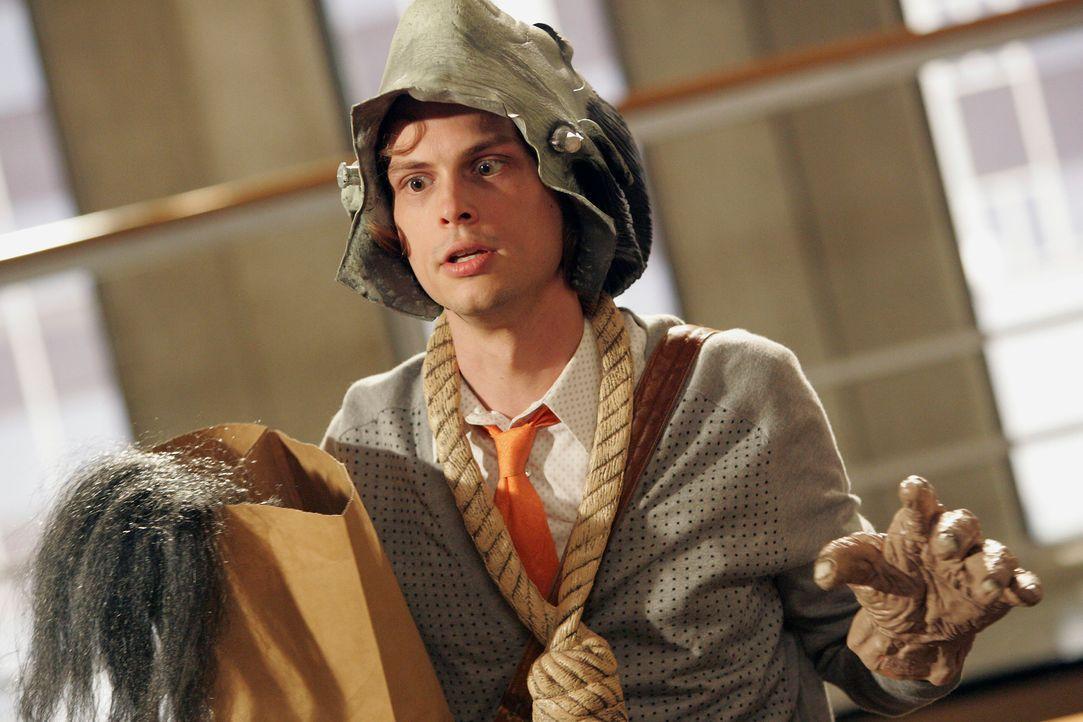 Bereitet sich auf Halloween vor: Spencer Reid (Matthew Gray Gubler) ... - Bildquelle: Touchstone Television