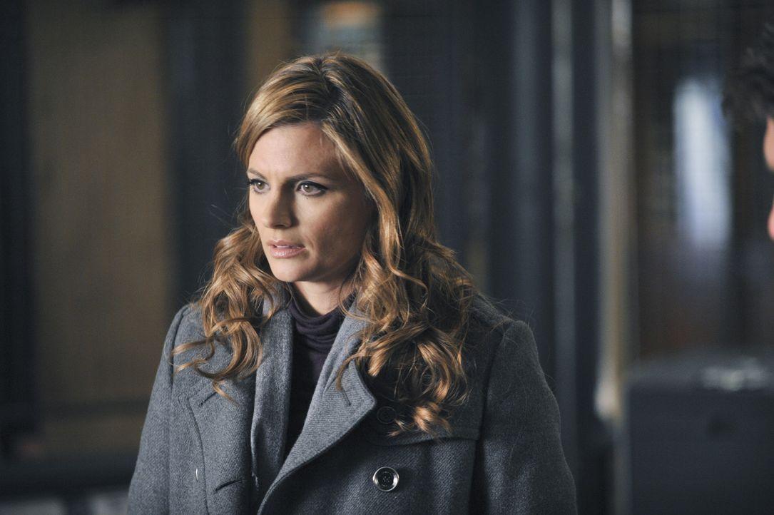 Kate Beckett (Stana Katic) ist geschockt als sie und ihre Kollegen feststellen, dass Alexis Castle in großer Gefahr ist ... - Bildquelle: 2013 American Broadcasting Companies, Inc. All rights reserved.