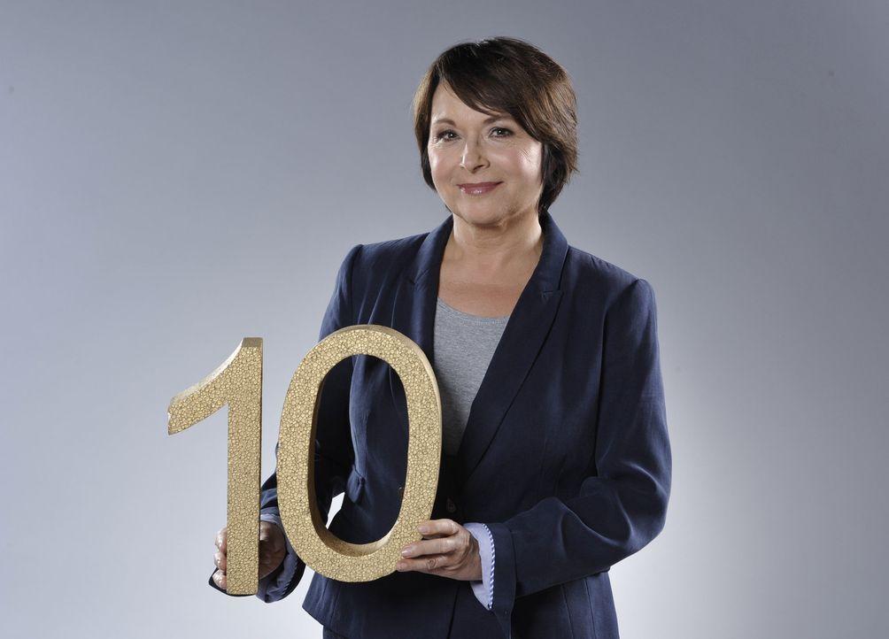"""Angelika Kallwass feiert Jubiläum! Zehn Jahre """"Zwei bei Kallwass"""" - Bildquelle: SAT.1"""