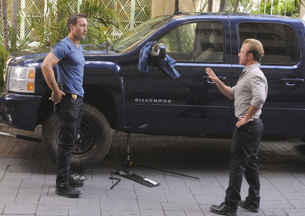 Ermitteln in einem neuen Fall: Steve (Alex O'Loughlin, l.) und Danny (Scott Caan, r.) ... - Bildquelle: 2012 CBS Broadcasting, Inc. All Rights Reserved.
