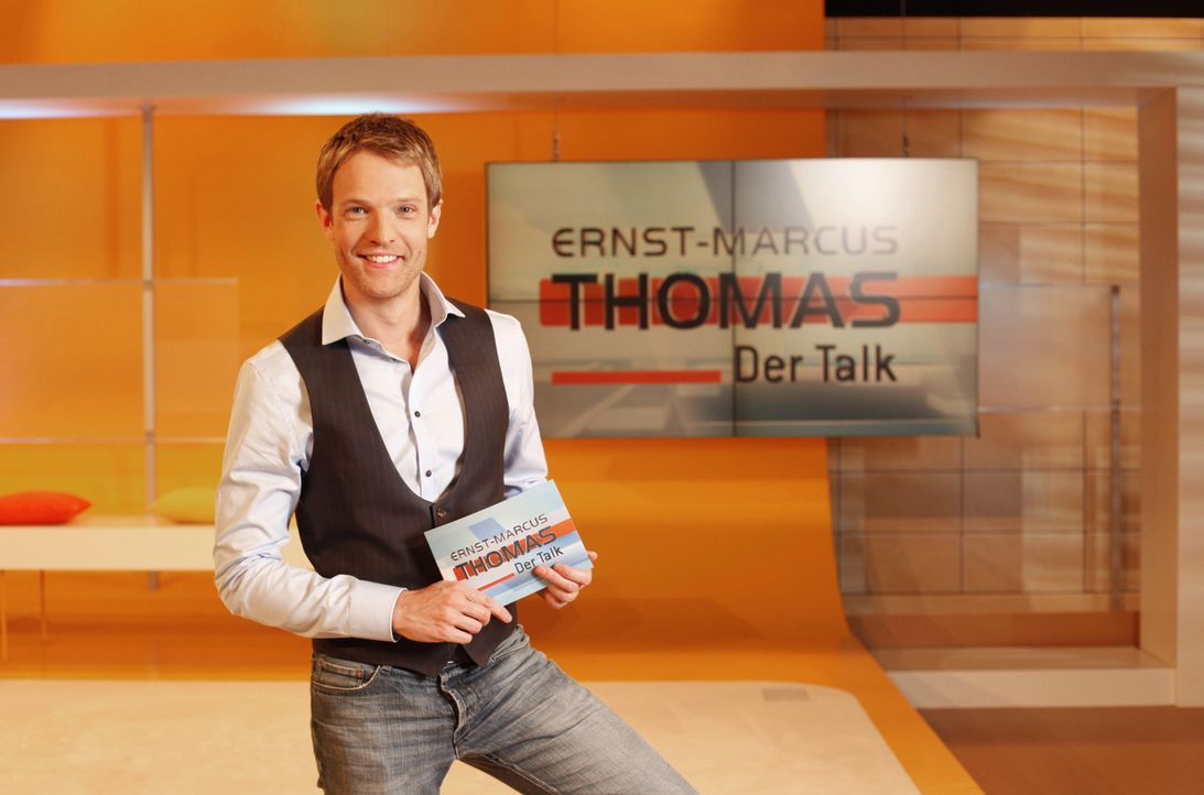 """Hier gehen alle auf Konfrontationskurs - sogar der Moderator: In dem Talk-Format """"Ernst-Marcus Thomas - Der Talk"""" bezieht Moderator Ernst-Marcus Tho... - Bildquelle: Benedikt Müller SAT.1"""