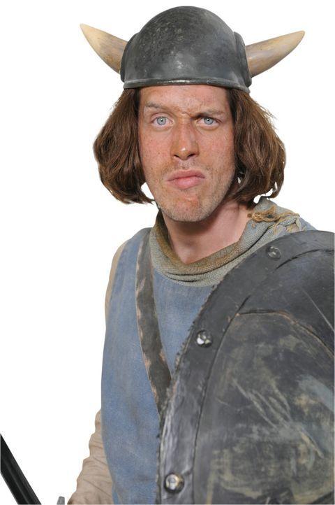 Der naive Nörgler: Tjure (Nic Romm) ... - Bildquelle: 2009 Constantin Film Verleih GmbH