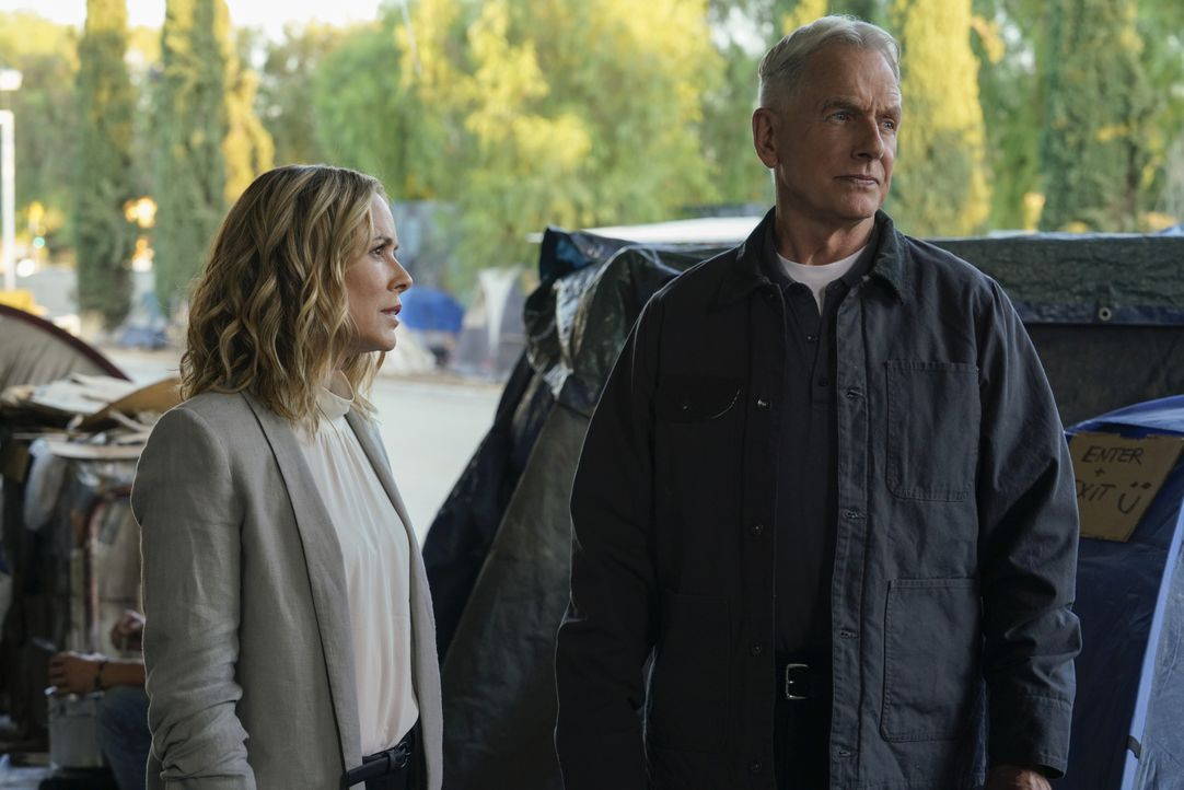 Jack Sloane (Maria Bello, l.); Leroy Jethro Gibbs (Mark Harmon, r.) - Bildquelle: Cliff Lipson 2019 CBS Broadcasting, Inc. All Rights Reserved. / Cliff Lipson