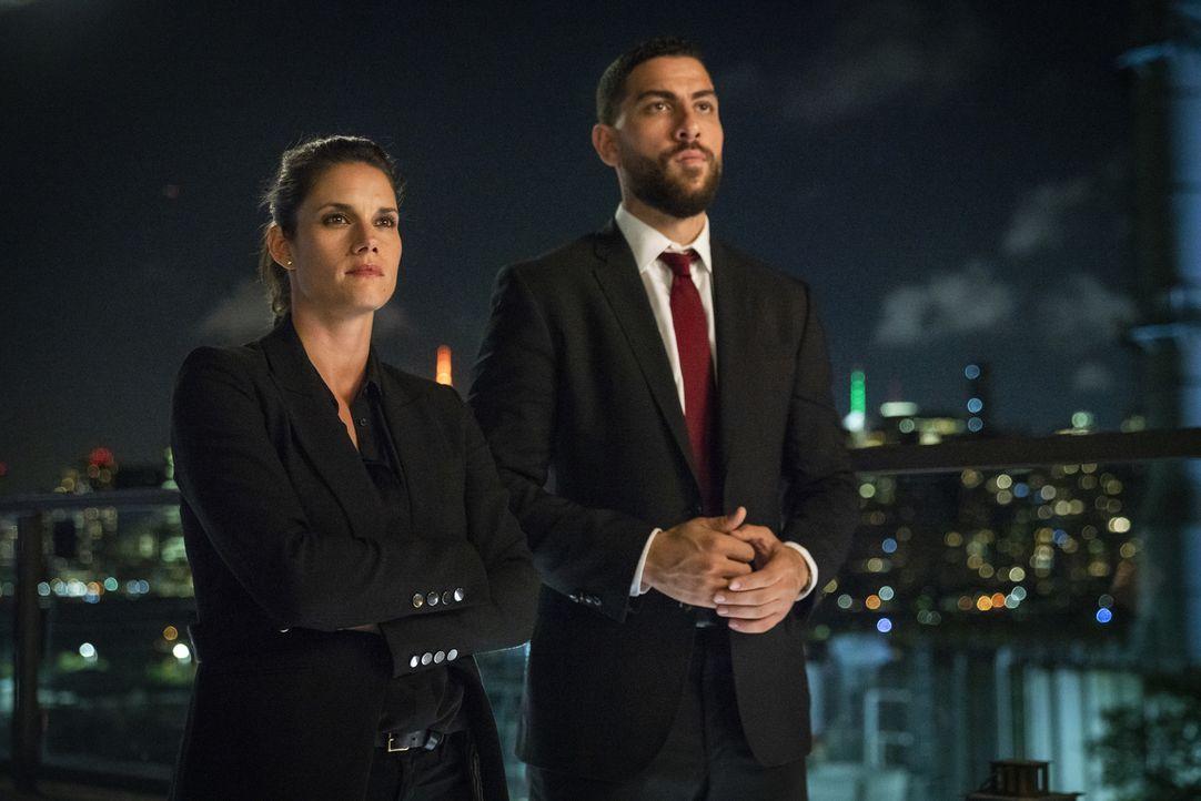 Maggie Bell (Missy Peregrym, l.); Omar Adom Zidan (Zeeko Zaki, r.) - Bildquelle: Michael Parmelee 2018 CBS Broadcasting, Inc. All Rights Reserved/Michael Parmelee