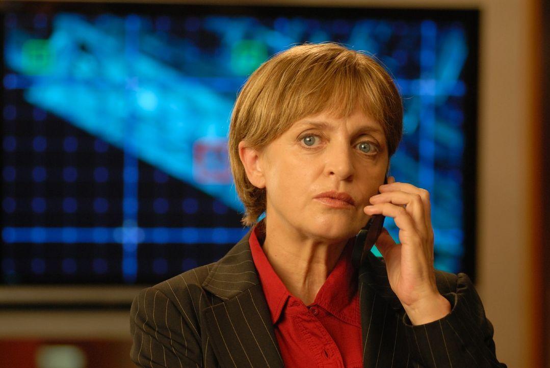Kriminaldirektorin Franziska Friedmann (Katharina Thalbach) - Bildquelle: Sat.1