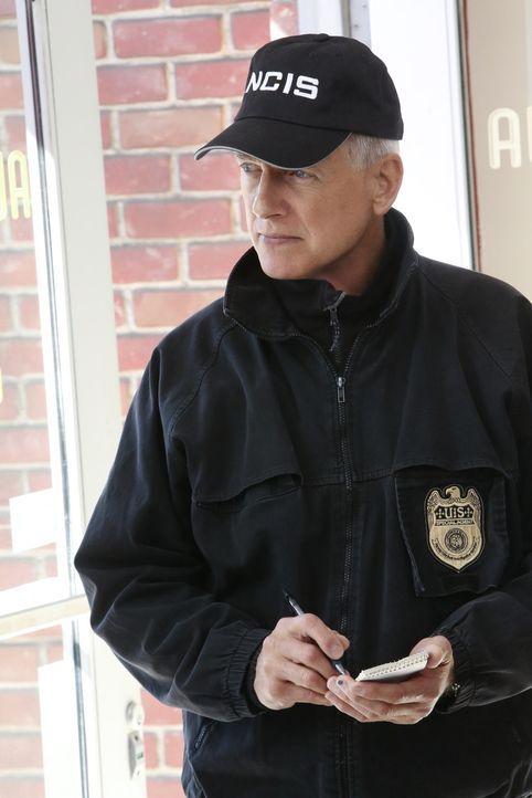 Ein neuer Fall wartet auf Gibbs (Mark Harmon) und sein Team ... - Bildquelle: Patrick McElhenney CBS Television