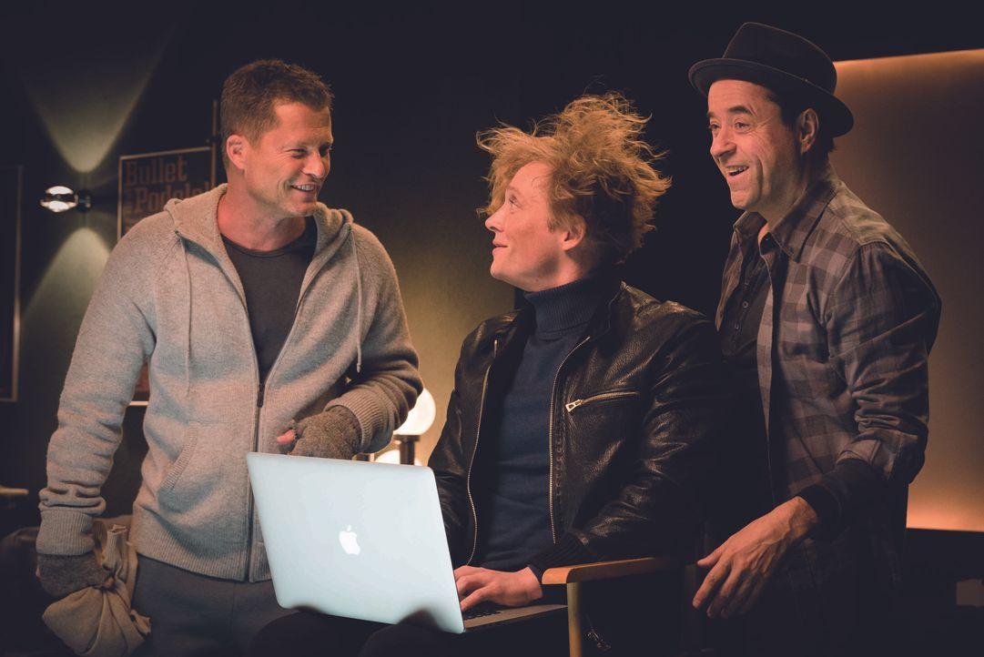 (v.l.n.r.) Chris (Til Schweiger); Max (Matthias Schweighöfer); Peter (Jan Josef Liefers) - Bildquelle: 2016 Hellinger/Doll Filmproduktion GmbH/Warner Bros. Entertainment GmbH. All rights reserved.