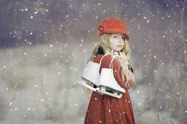 Hand in Hand über die SchlittschuhbahnEin Traum eines jeden Mädchens ist es,...