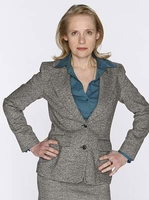 Geschäftsführerin des Einkaufszentrums in dem Danni als Rechtsanwältin tätig ist: Katja Bose (Alexandra von Schwerin) ...   - Bildquelle: Frank Dicks - Sat1