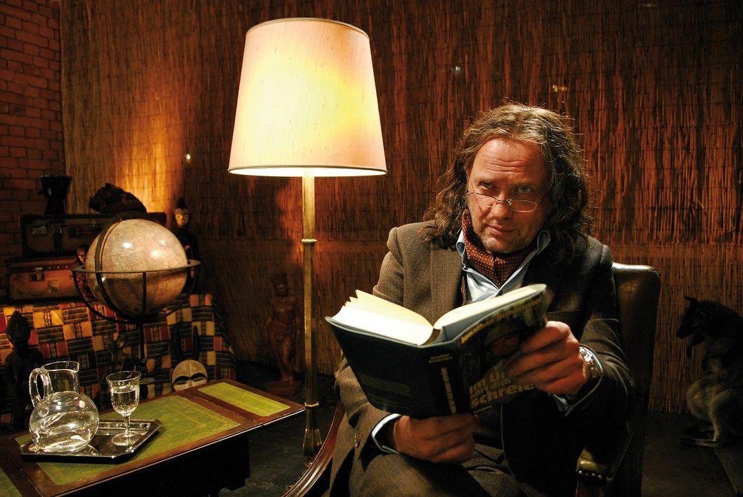 Auch wenn der Weltenbummler Jonathan (Uwe Ochsenknecht) auf den ersten Blick nicht wie ein prince charming wirkt, so kann er doch mit seinen spannen... - Bildquelle: 2007 Constantin Film Verleih, München