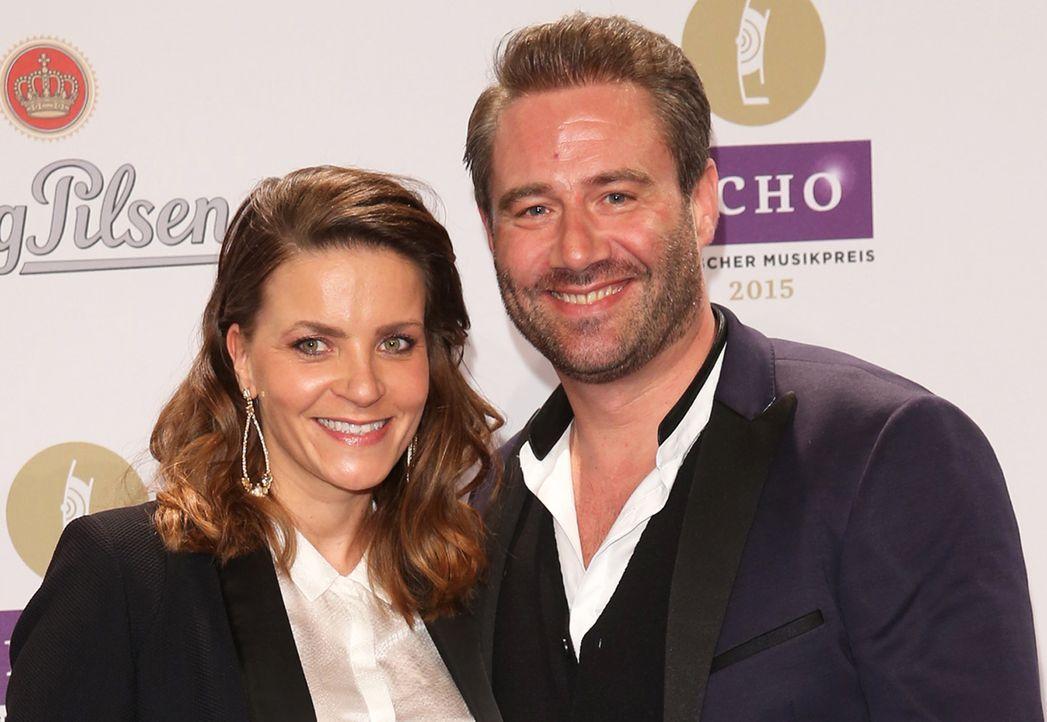 Sasha und Ehefrau Julia - Bildquelle: dpa/Joerg Carstensen