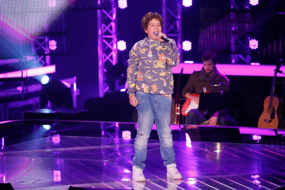 The-Voice-Kids-s04e02-Luca-2-SAT1-Richard-Huebner - Bildquelle: © SAT.1/ Richard Hübner