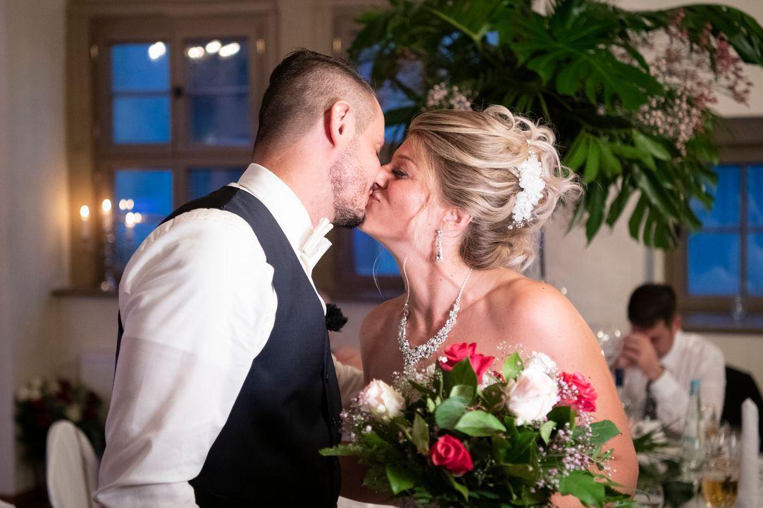 Samantha und Serkan: Die Hochzeit7 - Bildquelle: SAT.1 / Christoph Assmann
