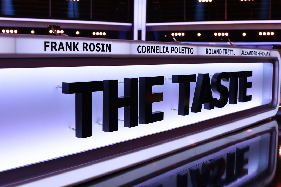 """Bei """"The Taste"""" entscheidet nur ein Löffel über das Weiterkommen der Kandidaten ... - Bildquelle: Benedikt Müller SAT.1"""