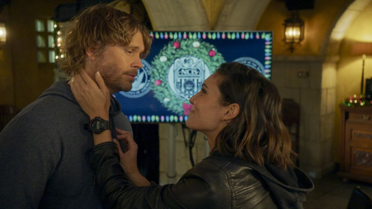 Marty Deeks (Eric Christian Olsen, l.); Special Agent Kensi Blye (Daniela Ruah, r.) - Bildquelle: 2020 CBS Broadcasting, Inc. All Rights Reserved.