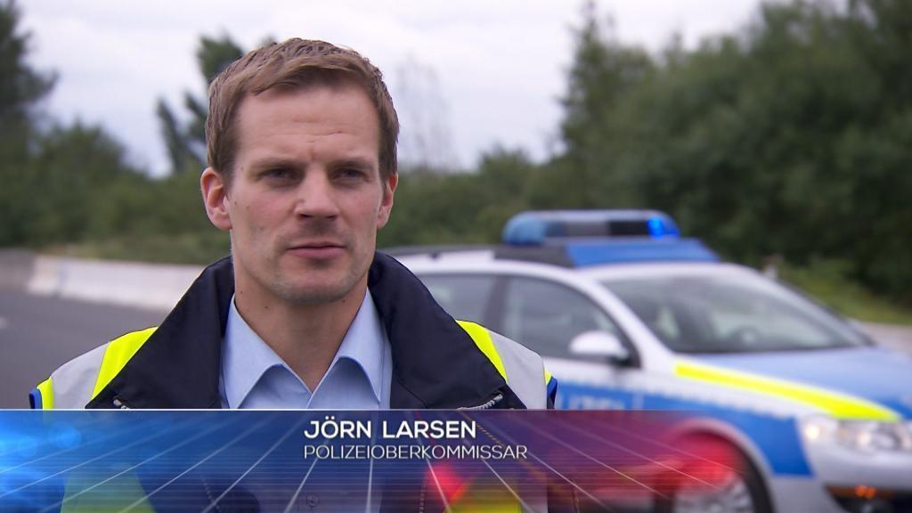POL - J+Ârn Larsen - Bildquelle: SAT.1